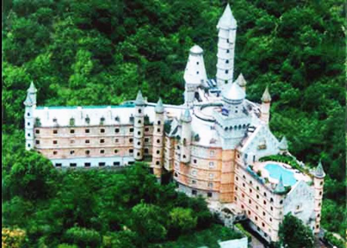 Redmondpiee: Hotels - pakdiscovery.blogspot.com